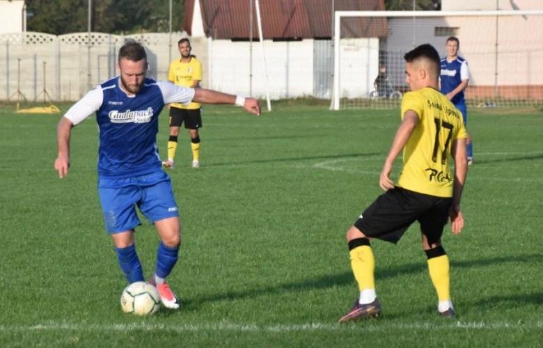 Live-text Liga 3-a, ora 14: Șoimii Lipova - ACS Poli  4-0 și LPS Cetate Deva - Crișul Chișineu Criș 0-0, finale