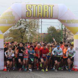 Sita a cernut din peste 1400 de arădeni participanți la Maratonul, Semimaratonul și Crosul Aradului 2019