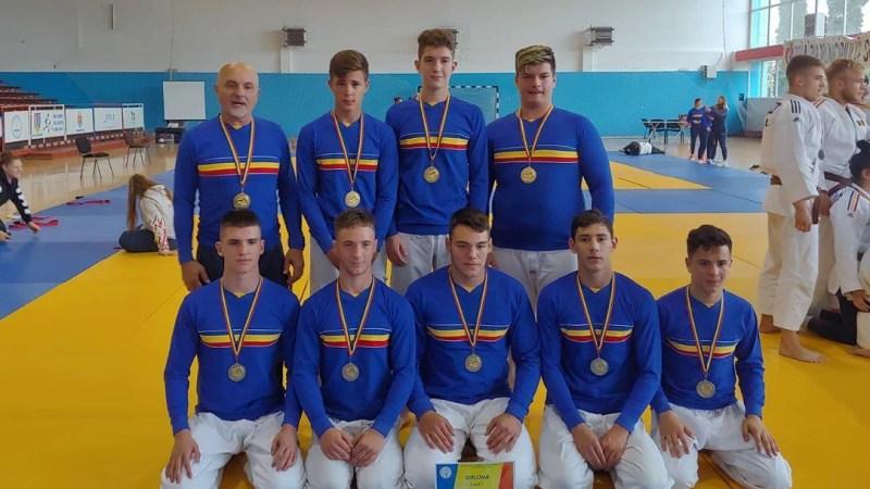 Aradul are medaliați naționali la judo, pe echipe