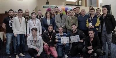 Viitorul la putere în competiția de mini-fotbal rezervată jurnaliștilor arădeni