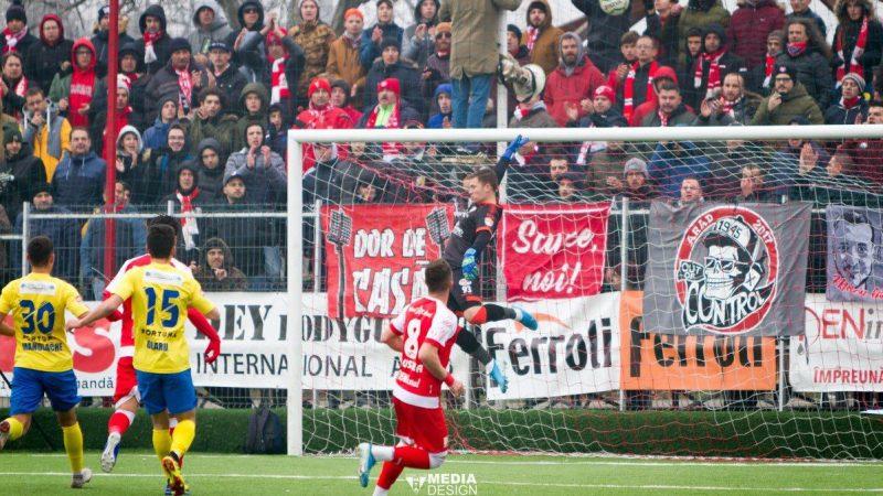 """Iacob termină anul cu un singur gol încasat pe """"Motorul"""": """"Se reflectă munca noastră, suporterii sunt incredibili, trăiesc fotbalul altfel față de brașoveni"""""""