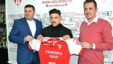 """Photo of Simo Roumpoulakou știe ce-l așteaptă la Arad: """"UTA – un nume mare în fotbalul românesc, sperăm să promovăm la finalul sezonului"""""""