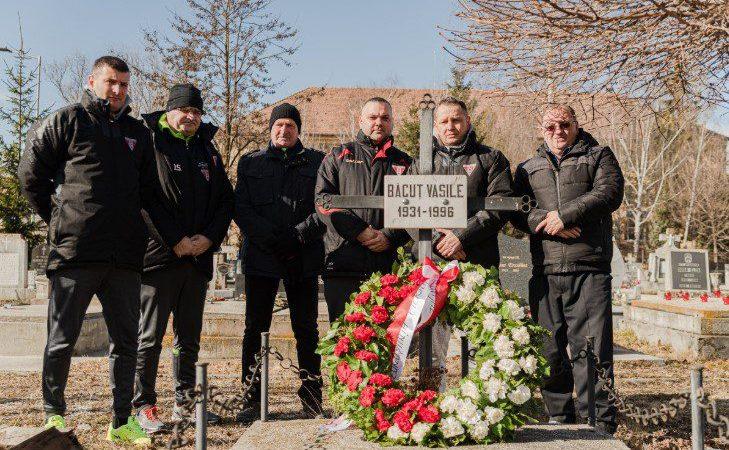 Înainte de meciul cu Csikszereda, utiștii i-au adus omagiu unui mare campion: Ladislau Băcuț