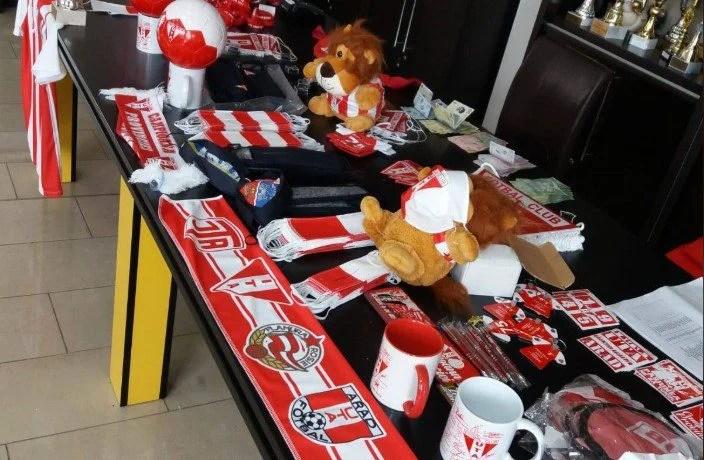 Produsele fan shop-ului UTA, accesibile de acum şi pentru suporterii din străinătate