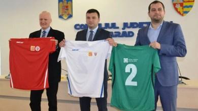 """Photo of Asociația Județeană de Fotbal și Atletico iau cele mai mari """"felii"""" din fondurile nerambursabile ale CCJA, primii bani în 2020 și pentru FCC Baschet Arad!"""