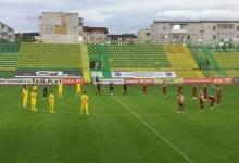 Photo of Încă un egal pentru UTA în play-offul ligii secunde: Mioveniul a frânat Rapidul (și) în zece oameni