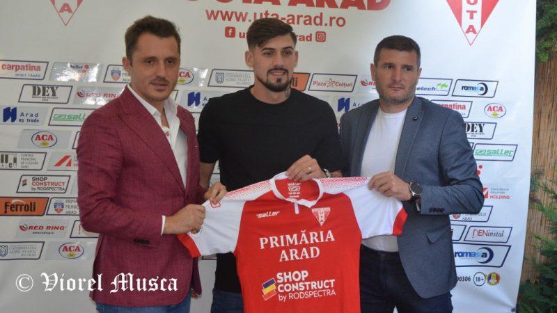 """UTA a bătut concurența a patru cluburi de Liga 1 pentru semnătura lui Alex Albu: """"Mi-am dorit să joc pentru un nume mare al fotbalului românesc!"""""""