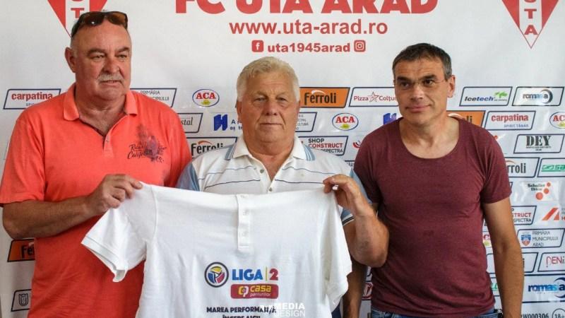 """Tricou de campion pentru Gabi Biro la împlinirea a 75 de ani: """"Bucuria e mare că echipa pe care o iubim a promovat în Liga I, să avem încredere în Balint!"""""""