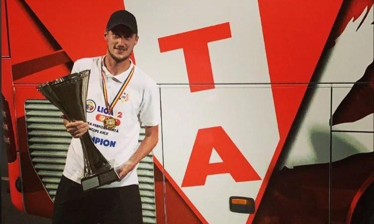 """Crișan a debutat la UTA în """"meciul cât 7 ani"""": """"Sunt fericit că am scris istorie, am dus echipa acolo unde îi este locul și am făcut un oraș fericit"""""""