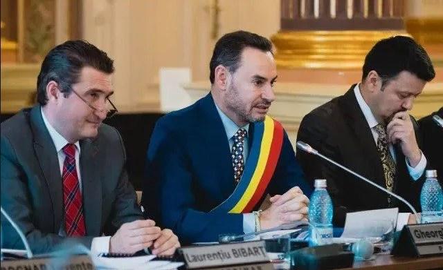Edilii, prinși cu minciuna în speța finanțării cluburilor UTA și FCC Baschet Arad: Bulbuc spune că răspunsul de la Consiliul Concureței a venit pe 19 septembrie, Bibarț se lăuda cu proiectele pe 22!