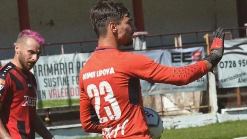 """Lipova are probleme cu portarii și a anulat cel de-al treilea amical estival cu Ripensia, """"șoimii"""" iau împrumut un polist de 20 de ani"""