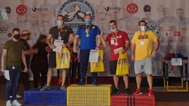 "Photo of Robin Bretean – aur și argint la ""naționalele"" de Skandenberg Arm Wrestling! Sportivul Lipovei va reprezenta România la "" mondiale"" și europene"""