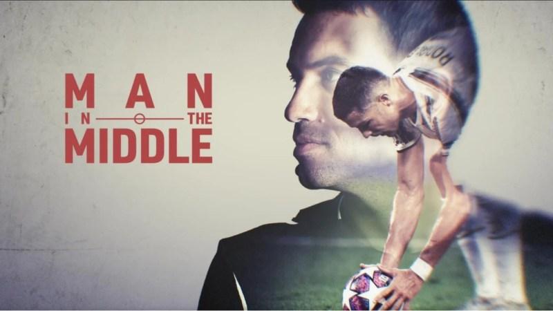 """Hațegan, protagonistul documentarului UEFA """"Man in the middle"""" (2): """"Am crezut în mine, în pasiunea și visele mele! Am continuat să arbitrez pentru mama…"""""""