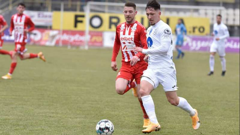Utistul Liviu Antal debutează în echipa etapei!