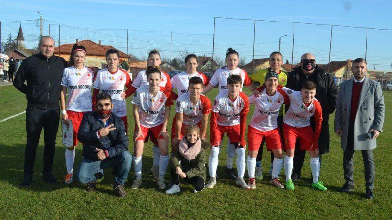 Play-offul Ligii I feminin la fotbal începe cu derby-ul Vestului, Piroș Security – Fortuna Becicherecu Mic: Partida se vede în toată țara pe FRF TV!