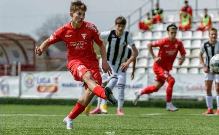 Liga Elitelor: Liderul UTA U17 – încurcat de Știința U Craiova, concurs arădean de goluri la U19