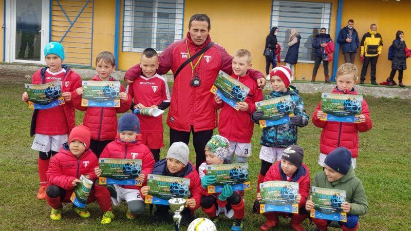 """Victorioși de ziua UTA-ei, la Timișoara: Piticii lui Mărcuș și Haloș au pus mâna pe """"Vest Cup""""!"""