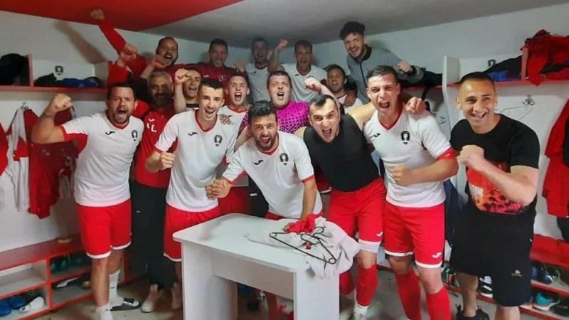 Mobilizare exemplară fără 7 jucători și în zece din primul minut: Victoria Felnac – Păulișana Păuliș 3-0