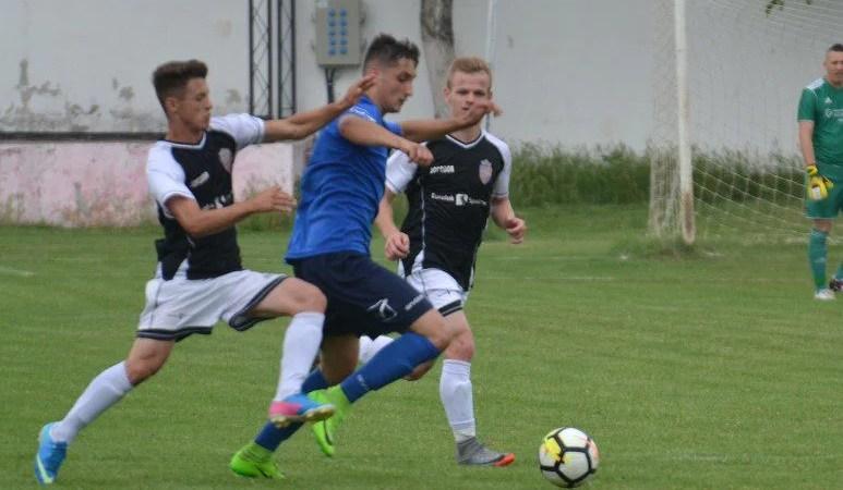 Au marcat cât pentru un golaveraj pozitiv: Păulișana Păuliș – UTA II   11-1