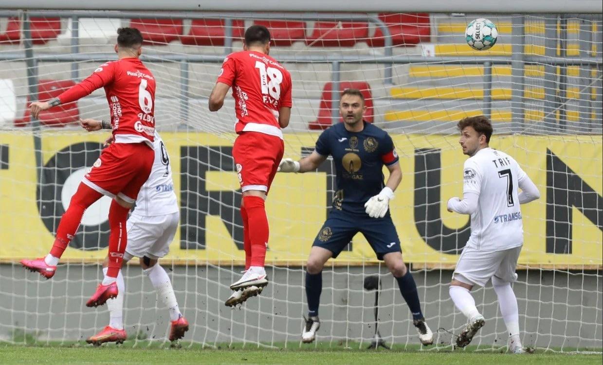 """Răzvan Pleșca s-a întors acasă pentru penultimul meci din carieră: """"Nu regret că nu am jucat aici, dar UTA rămâne prima dragoste"""""""