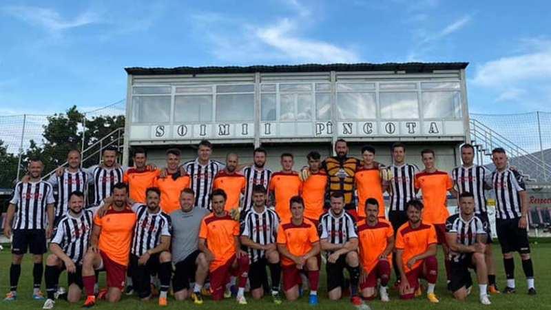 Remember Șoimii Pâncota: Frații Dragalina au făcut spectacol în meciul dintre fosta și actuala echipă a orașului din Podgorie!