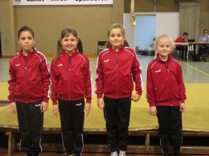 Renée-Marie Giesen, Estella Renerken, Soline Vanaschen und Annabelle de Maré beim Gym-Cup
