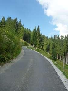 frisch Asphaltiert Richtung Wandberg