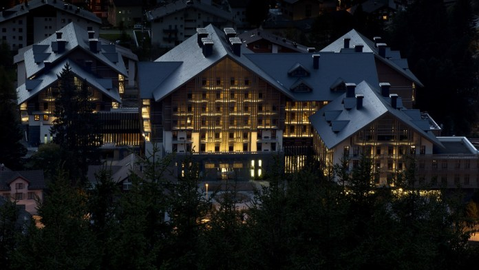 The Chedi Andermatt, Luftaufnahme Hotel