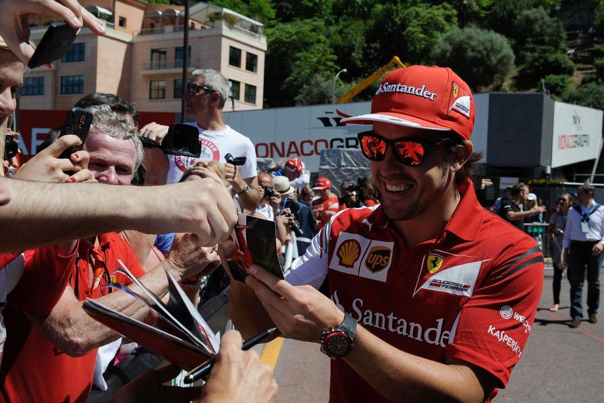Formel 1, GP MONACO 2014, Qualifying, Alonso Autogramme