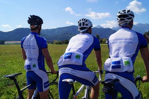 Hotel-Sommer-Radfahrer-Gruppe