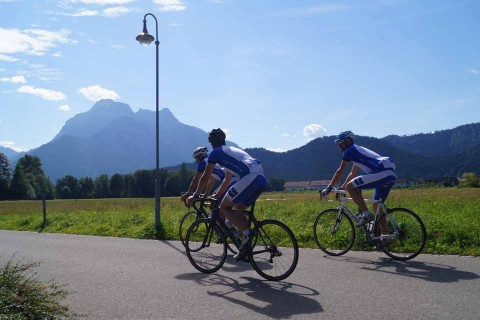 Hotel-Sommer-Radfahrer-Team