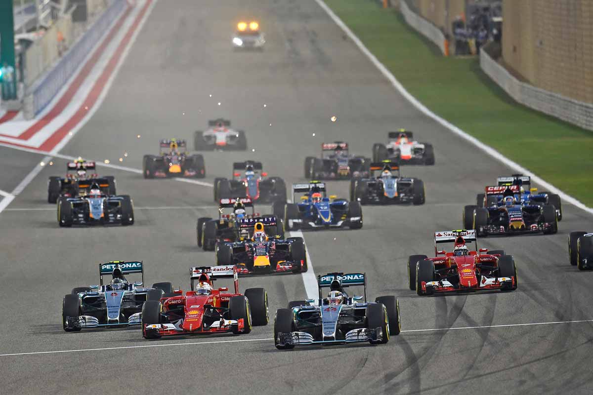 GP-Bahrain2015-Startphase