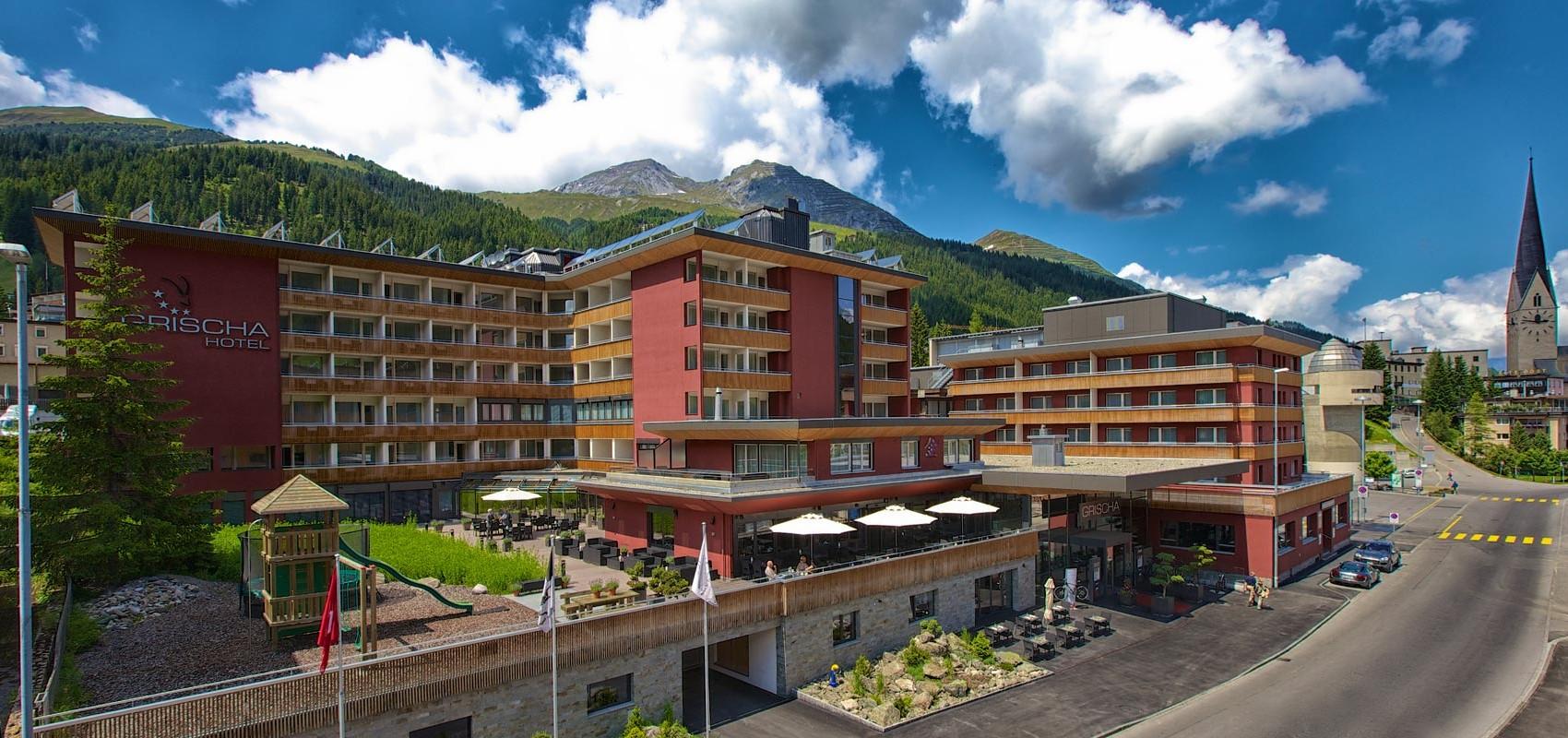 Hotel Grischa, Aussenansicht Panorama