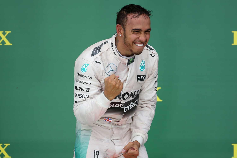 F1-GP-USA2015_Hamilton-Weltmeister3