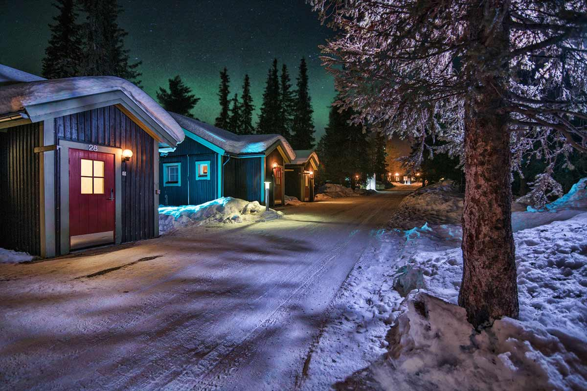 icehotel-sweden-by-night-2016-bild1