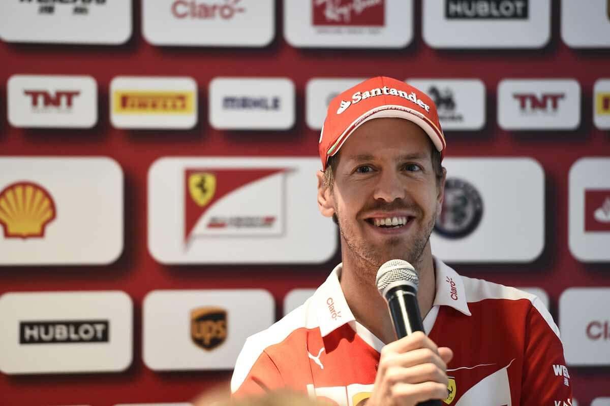 Sebastian-Vettel-Abudhabi2016_Bild5