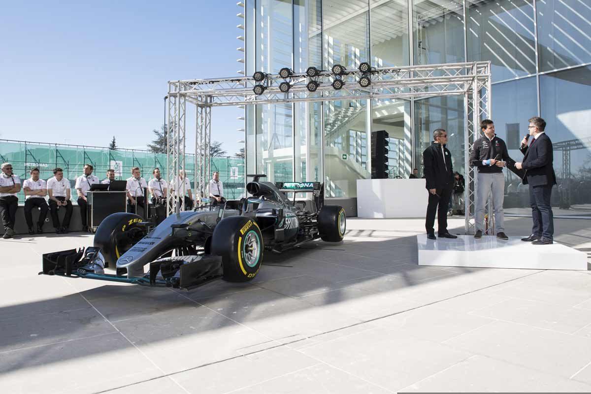 Mercedes-F1-W09-EQPower-Bild1