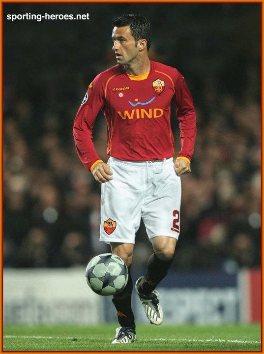 意甲七雄踢過幾多隊? 踢過最多意甲的近代球星   羅馬非一天建造   球迷世界 - fanpiece