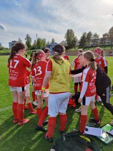 Read more about the article Sporting T12 joukkue pelasi ottelun Kurikassa 25.5.2021