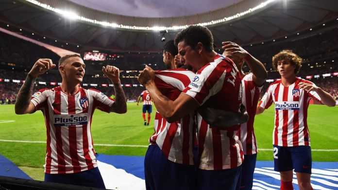 Atletico Madrid celebrate a goal against Eibar