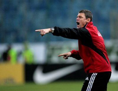 Seymes semneaza astazi cu Dinamo. El este noul antrenor de la Dinamo