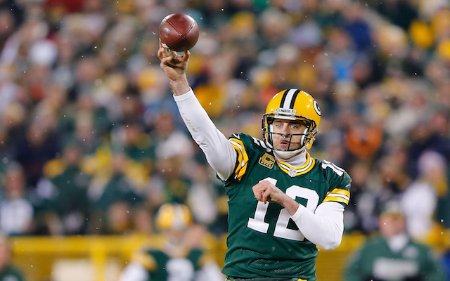 aaron rodgers signs record
