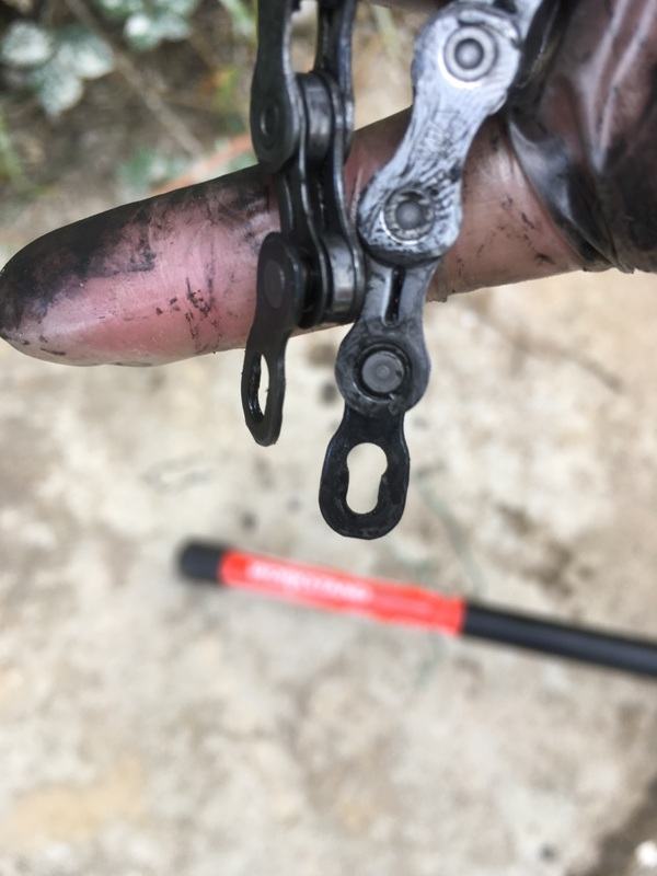 SRAM quick links 2 1 - The (Bike) Tools That I Use Most: 6 'Must Have' Implements