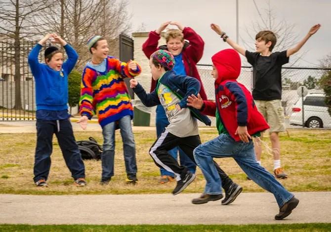 Back to School: dieci scarpe speciali per il ritorno dei bambini a scuola