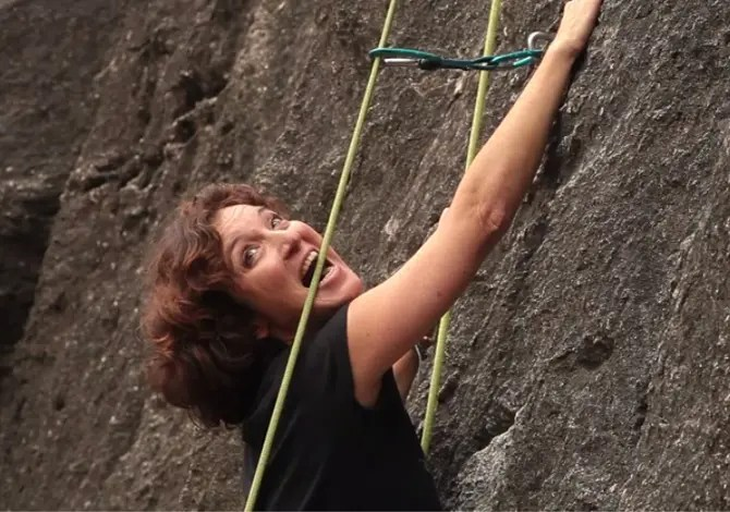 Appesi in parete: climbing per principianti – Video