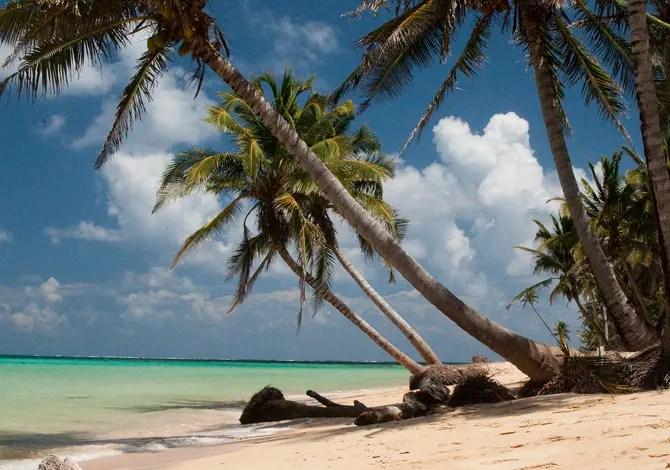 """9 isole sperdute per una vacanza alla """"Lost"""""""