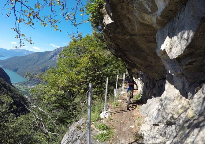 Valchiavenna: riaperto il sentiero del Tracciolino, anche per le mountain bike