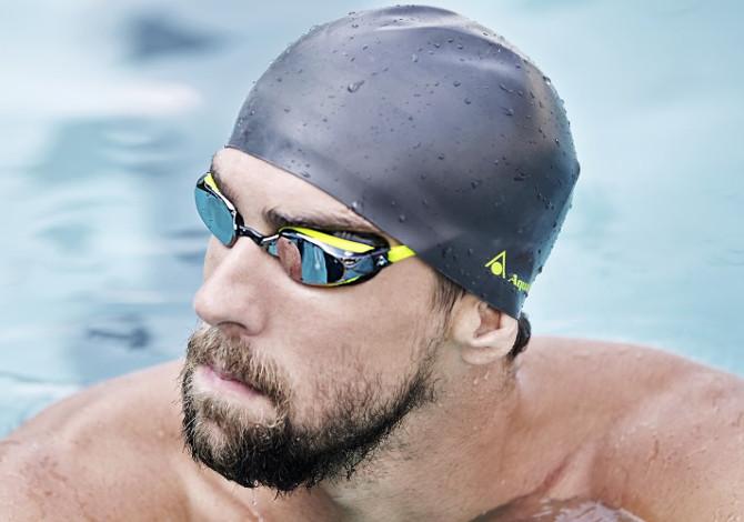 occhialini più adatti per nuotare in piscina-michael-phelps-aquasphere
