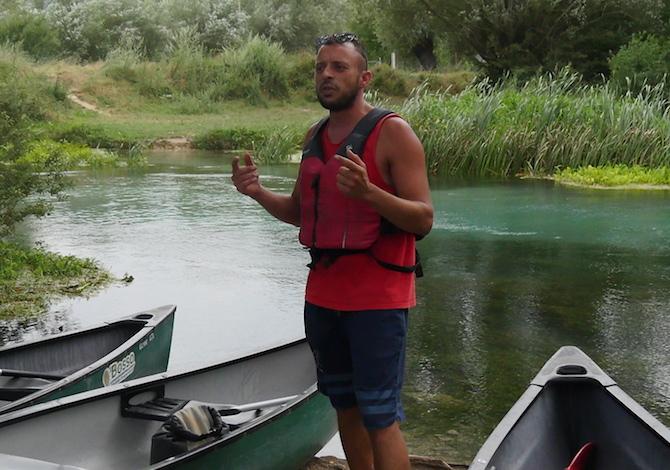 canoa-bambni-tirino-fiume-pulito-italia-escursione-guida-foto-demori