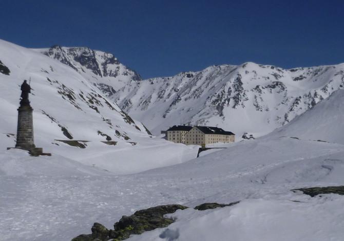 Scialpinismo e ciaspole al Passo San Gran Bernardo_hp